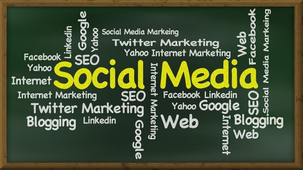 social-media-439155_1280