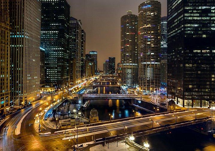 Exposure-Compensation-Chicago-River