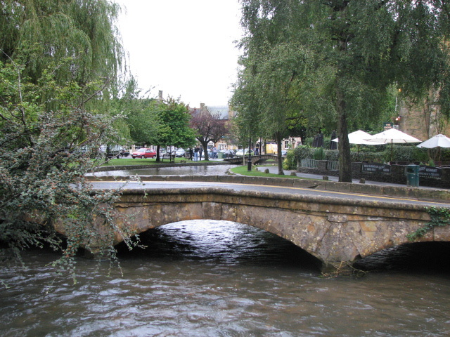 Bourton on the Water Photo
